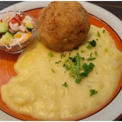 Denní menu č. 21 - Pštrosí vejce s bramborovou kaší