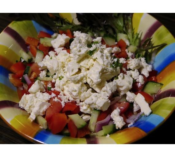 """300g """"Šopský"""" salát - míchaná zelenina s balkánským sýrem"""