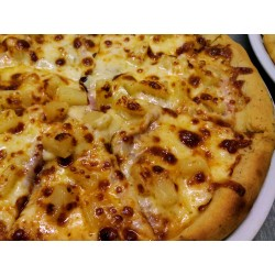 4. Pizza Hawai